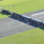 Аэропорт Гисборн — место где взлётную полосу пересекает железная дорога