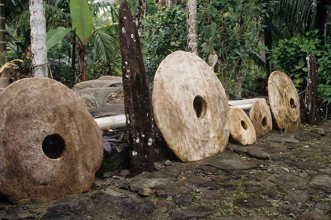 интересные факты о странах - камни Раи