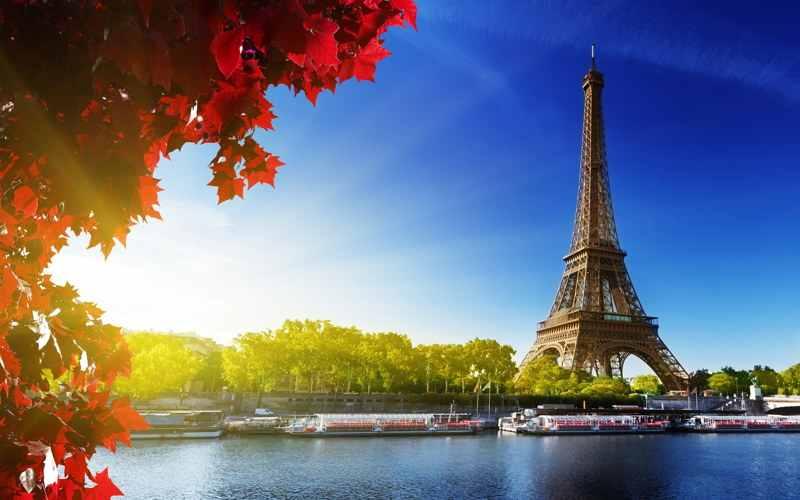 интересные факты о франции - Эйфелева башня